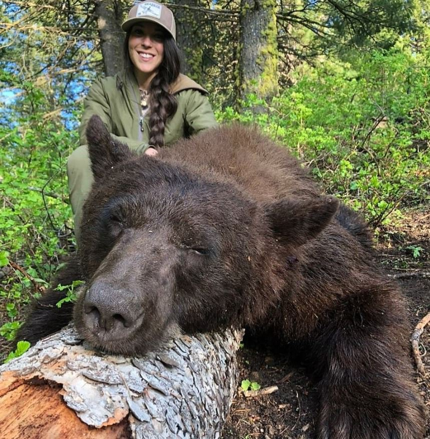 Trophy Hunter Receives Death Threats After Posting Pictures Of Victims