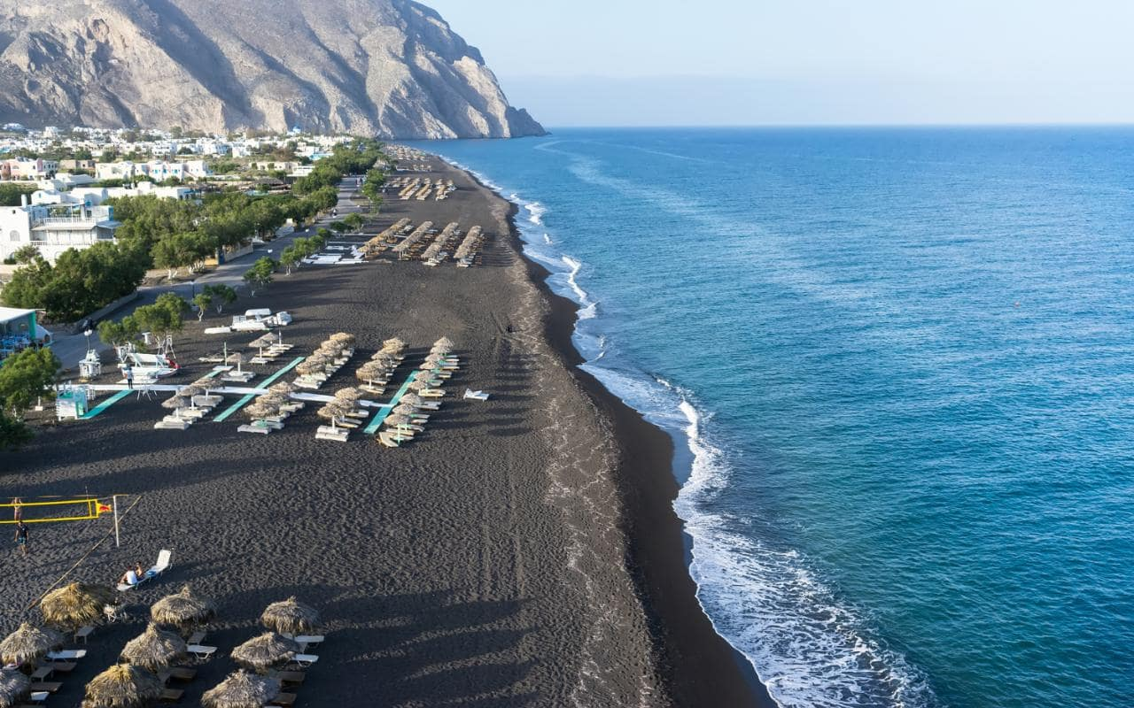 15 Black Sand Beaches That Will Take Your Breath Away
